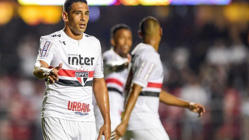 Diego Souza: de meia descartável a centroavante mais eficiente do Brasil em um mês