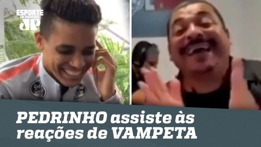 Pedrinho se diverte com reações de Vampeta em seus gols