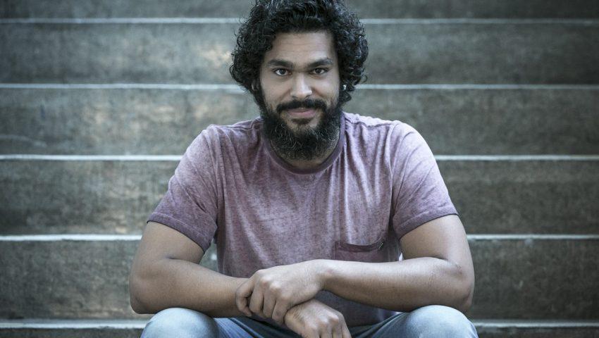 Ator se dedica a aulas de piano para interpretar Carlos Gomes em novela
