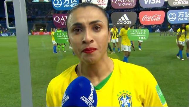 Parabéns Marta e CIA. Agora é hora de apoio ao futebol feminino e renovação à seleção