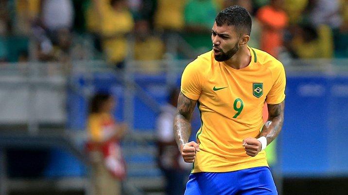 Tite, se futebol é momento, você tem que convocar o Gabigol !!!