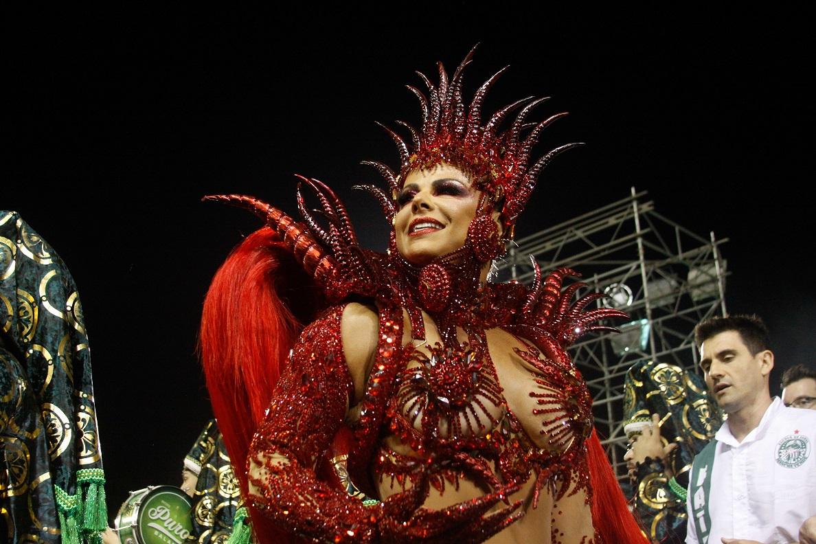 viviane-araujo-mancha-verde-carnaval