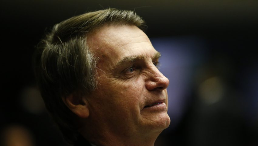 Após G20 e acordo do Mercosul, Bolsonaro chega ao Brasil: 'Missão cumprida'