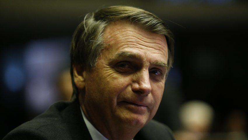 Bolsonaro comemora dados do Caged: 'O Brasil segue se recuperando'