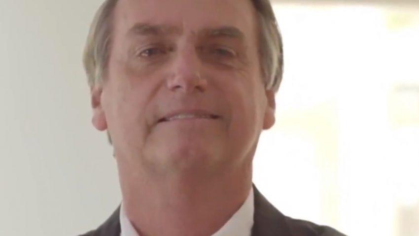 Em vídeo, Bolsonaro esquece fala sobre 'fraquejada' e diz que filha mais nova mudou sua vida