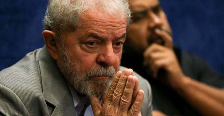 Lula depõe na PF por ofensas a Bolsonaro