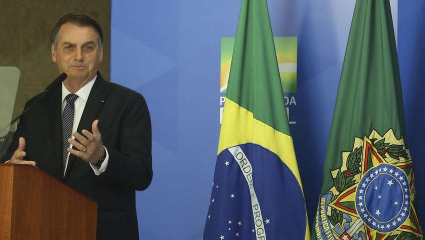 Bolsonaro afirma que invasões do MST caíram durante seu governo: 'Propriedade privada é sagrada'