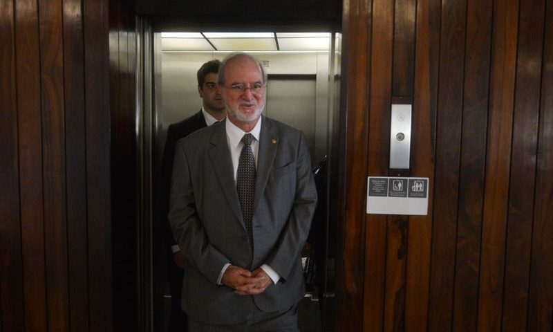 Ex-governador de Minas, Eduardo Azeredo é solto