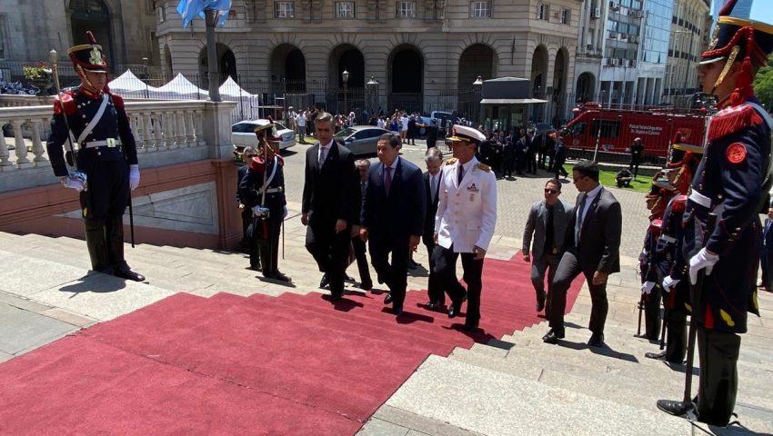Mourão vai à posse de Fernández e deseja relações 'fortes, maduras e proveitosas' entre Brasil e Argentina