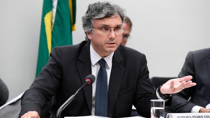 Guedes escolhe Esteves Colnago para chefiar assessoria de relação com o Congresso