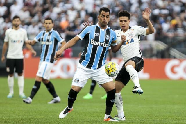Corinthians empata com Grêmio no Itaquerão