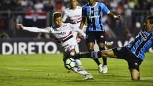 São Paulo consegue bom empate contra vice-líder Grêmio