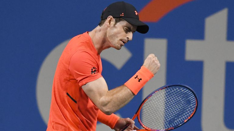 Murray segue vivo em Washington