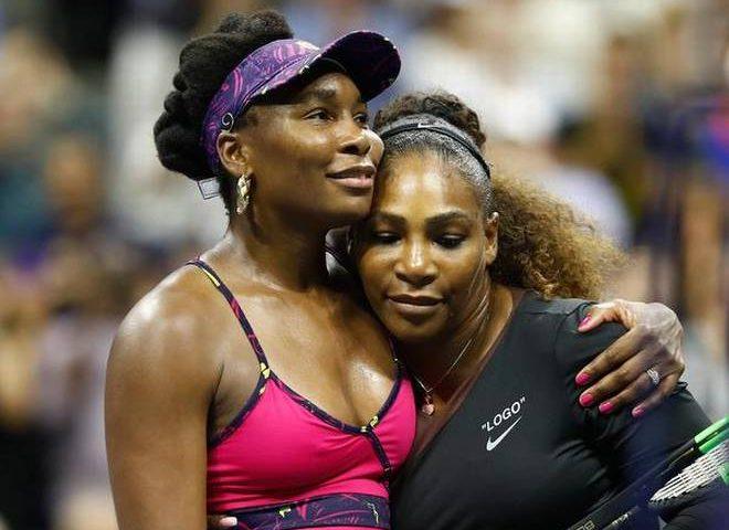 Serena bate Venus na sua melhor partida como mãe