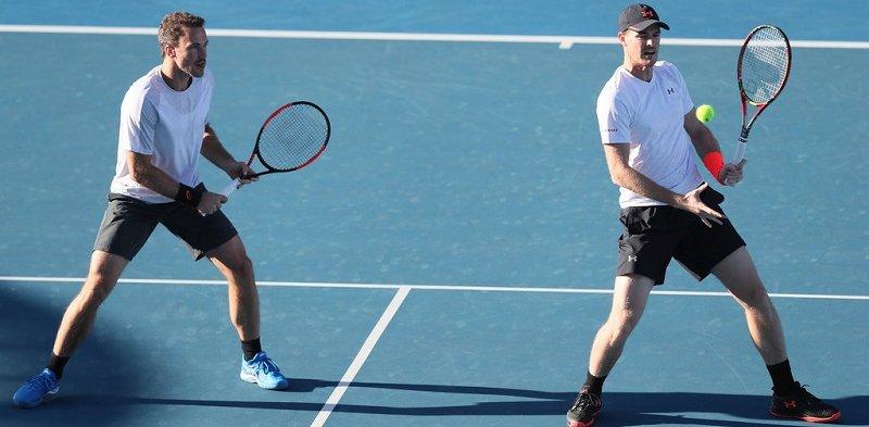 Bruno e Murray nas quartas em Sidney