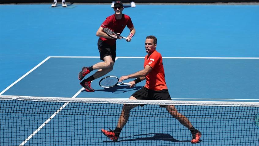Soares e Murray eliminados na estreia