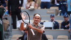 Federer volta a vencer em Roland Garros