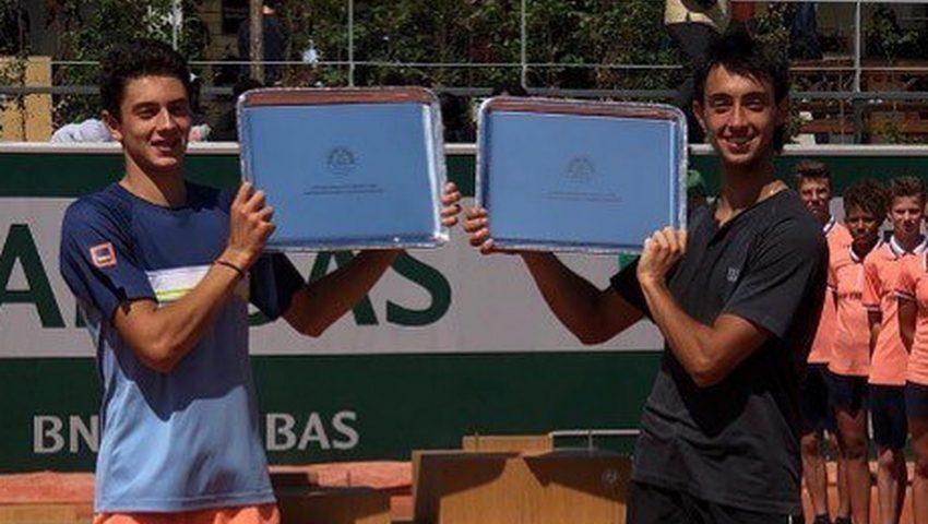 Matheus Pucinelli é campeão de duplas juvenil em Roland Garros