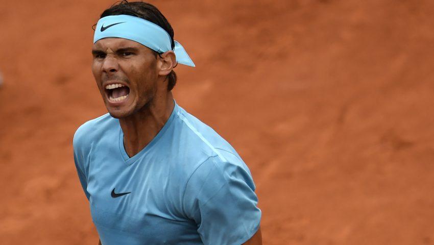 Nadal bate Federer na semifinal em Paris