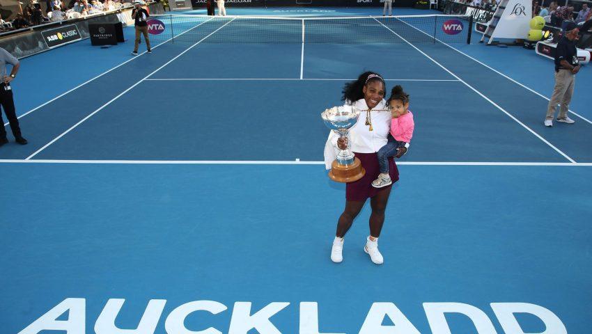 Mamãe Serena conquista primeiro título e doa premiação