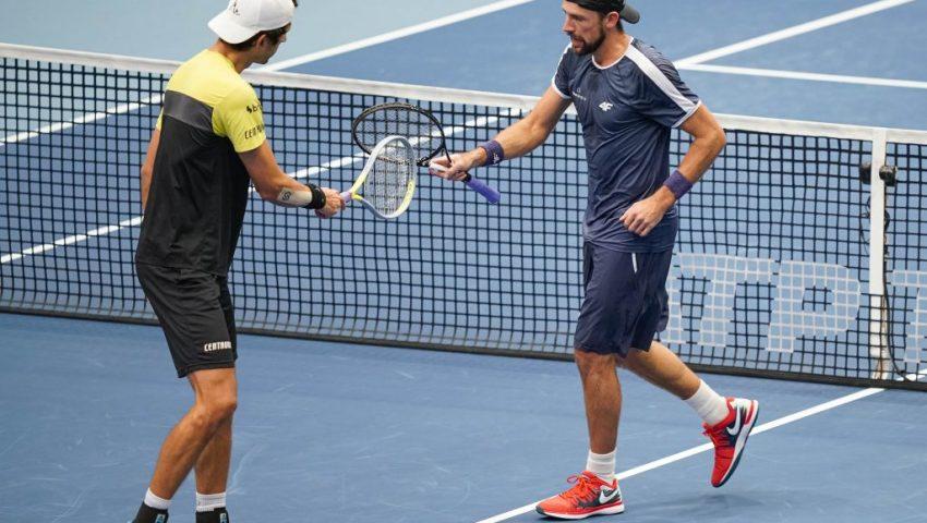 Melo e Kubot param na semifinal