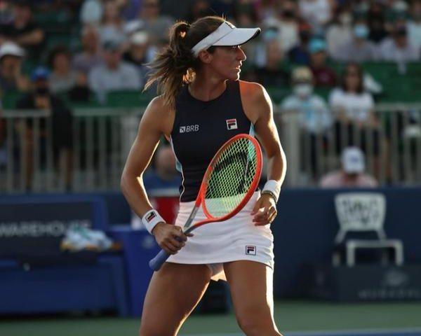 Stefani vence prêmio da WTA
