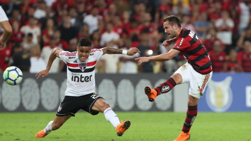 São Paulo se agiganta no Brasileirão