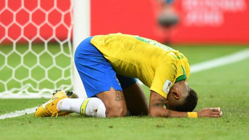 Derrota do Brasil prova que é preciso honrar adversários e 'esquecer' conservadorismo