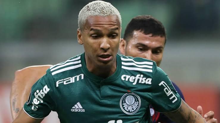 O que o Palmeiras fará com Deyverson?