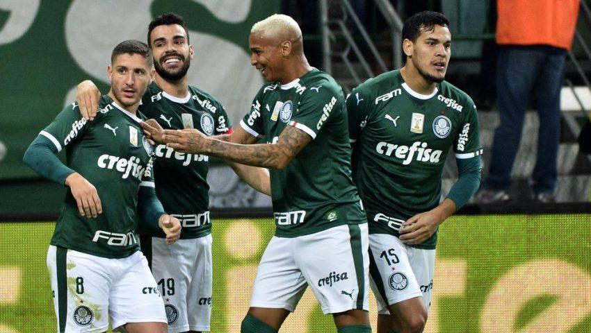 Palmeiras larga em vantagem