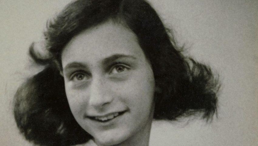 Estante JP #10: 'Obra Reunida' traz versão definitiva do diário de Anne Frank