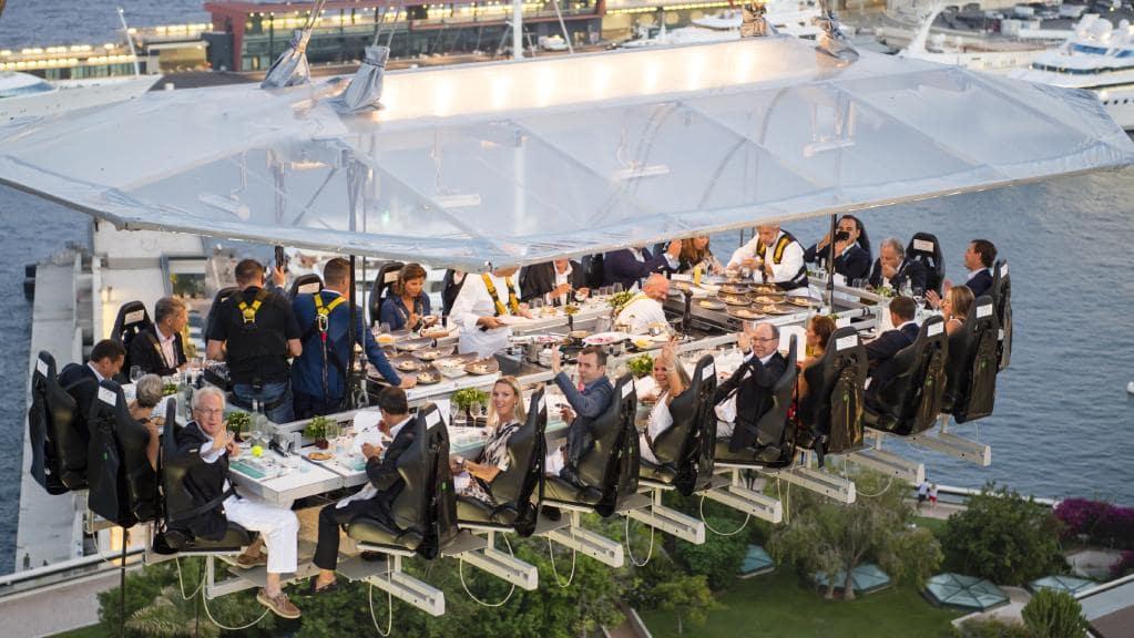 Dinner In The Sky Come 231 A Hoje Na Cidade Evento De