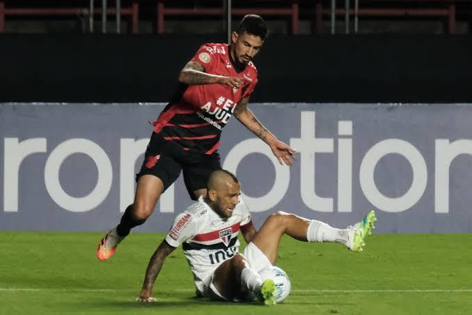 Dois jogos em um só: São Paulo 1 x 0 Athletico Paranaense