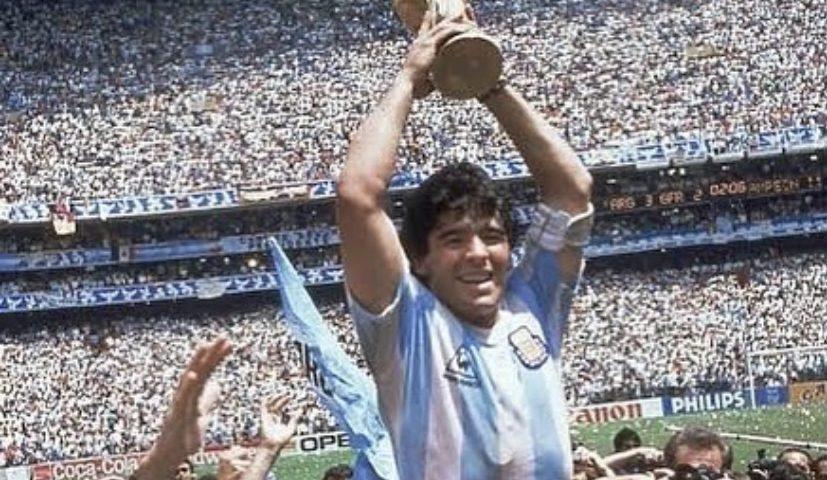 El Diez D10S Diego: ninguém jogou mais bola