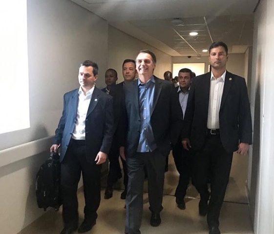 A rotina após uma cirurgia como a do presidente Jair Bolsonaro