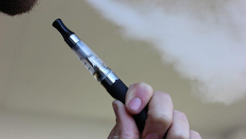 Pneumologista aponta epidemia de doenças pulmonares causadas por cigarros eletrônicos