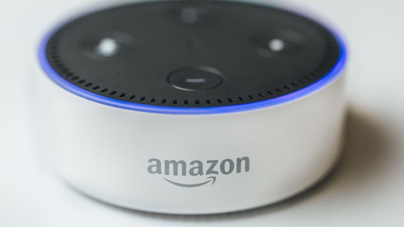 Amazon começa testes da Alexa em português