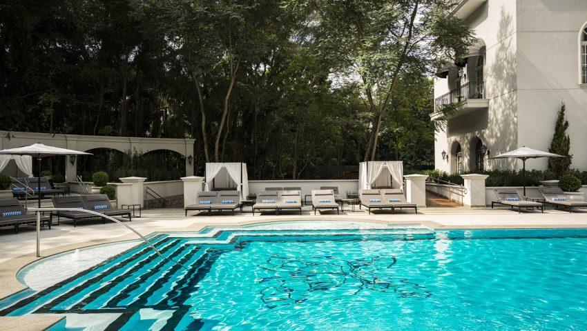 Não hóspedes podem usar piscinas do Palácio Tangará